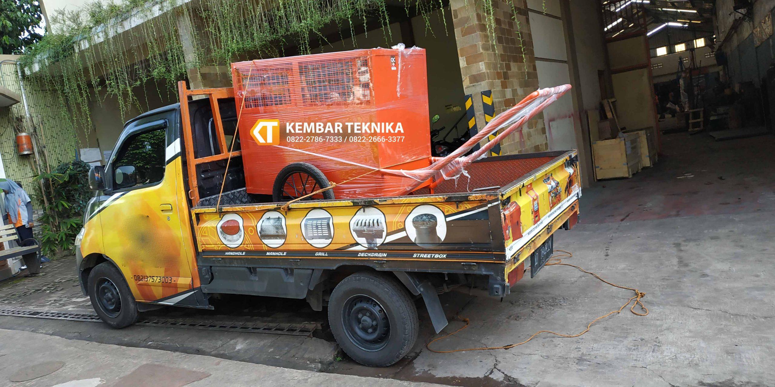 Pengiriman Gerobak Sampah Armada Khusus Siap Mengantar Tempat Pelanggan1